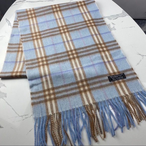 Burberry vintage scarf🇯🇵baby blue check